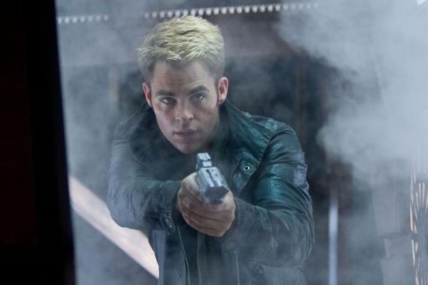 Chris Pine interpreta o capital Kirk: dramaticidade em trama de aventura com o impacto equivalente ao de O império contra-ataca (Paramount/Divulgação)