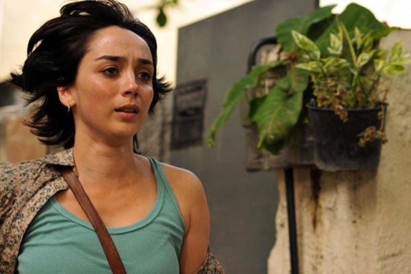 Simone Spoladore é uma ex-guerrilheira em filme político dirigido por Lúcia Murat (FBCB/Divulgação)