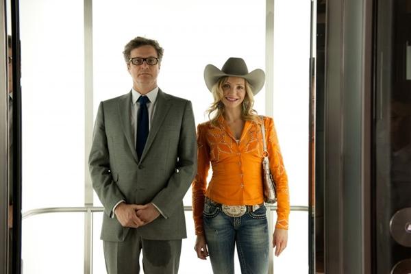 Cameron Diaz e Colin Firth, em Um golpe perfeito: personalidades opostas unidas pelo mesmo objetivo (Paris Filmes/Divulgação)