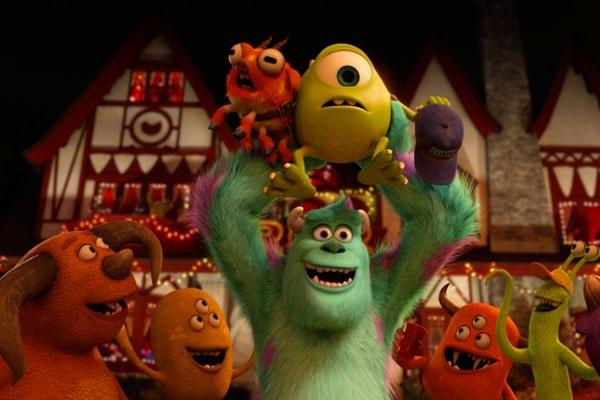 O novo filme estrelado pelas simpáticas criaturas volta ao começo de tudo e dispensa lições de moral (Disney Pixar/Divulgação)