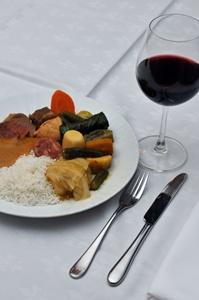 Cozido do restaurante Piantella feito pelo chefe de cozinha Agenor Gomes (Breno Fortes/CB/D.A Press)