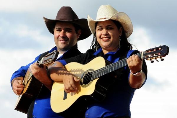 A dupla Kleuton & Karen vai comandar a tradicional festa (Edílson Rodrigues/CB/D.A Press)