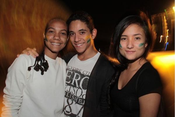 Luciana Povoa, Ygor Ricardo e Thaynara Silva, durante a festa (Lula Lopes/Esp. CB/D.A Press)