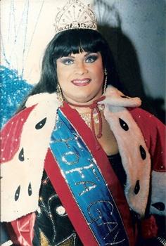 Atriz e drag queen Thália Bombinha (Arquivo Pessoal)