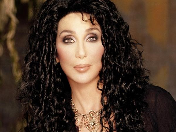 A cantora Cher comentou o projeto 'Cura Gay' em seu Twitter (Reprodução/Internet)