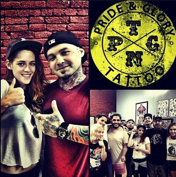 A atriz fez uma tatuagem no pulso, mas pediu segredo para todos que já viram (Reprodução/Instagram)