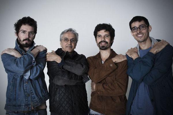 Caetano Veloso se apresenta com a Banda Cê no Ópera Hall (Fernando Young/Divulgação)