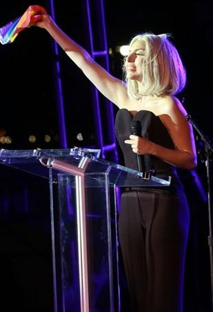 A cantora não estava oficialmente na programação do evento (Robin Marchant/Getty Images/AFP)