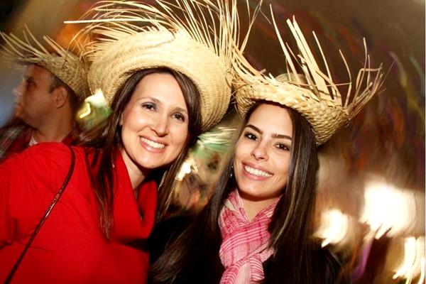 Daniele Cruz e Ana Cecilia Campos (Lula Lopes/Esp. CB/D.A Press)