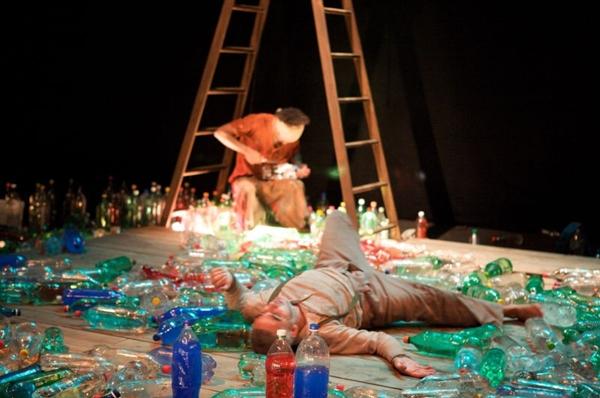 Apresentada de hoje a domingo, Cortiços é fruto de uma década da Cia. Luna Lunera nos palcos (Tiago Lima/Divulgação)
