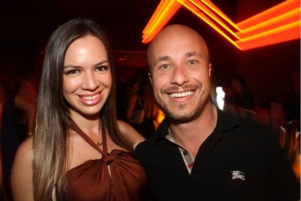 Marcia Alves e Brenno Martins foram curtir o show do cantor Naldo (Lula Lopes/Esp. CB/D.A Press)