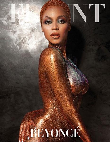 Nua, Beyoncé deixou as curvas à mostra, resultado de dieta balanceada, malhação e, claro, muito rebolado durante as apresentações (Reprodução/Flaunt Magazine)