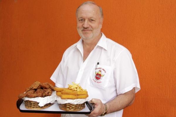 'O frango frito é a comida do dia a dia no sul dos EUA' (Viola Junior/Esp. CB/D.A Press)