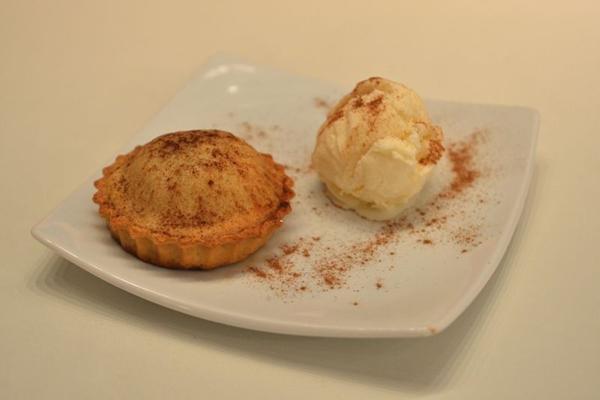 Torta de maçã com sorvete do Zacks: iguaria servida no Dia de Ação de Graças (Gustavo Moreno/CB/D.A Press)