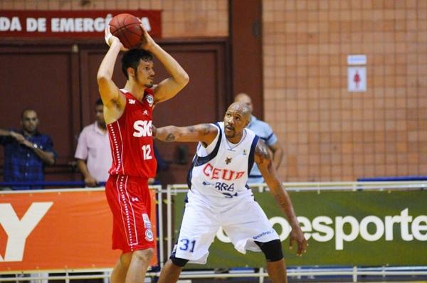 O basquete costuma tomar tempo nos fins de semana (Daniel Ferreira/CB/D.A Press)