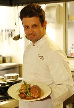 Chef Luiz Mainented o restaurante Gazebo, do Setor de Clubes Sul (Wallace Martins/Esp. CB/D.A Press)