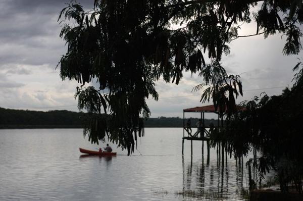 Lagoa Feia: apesar do nome, bela paisagem (Zuleika de Souza/CB/D.A Press)