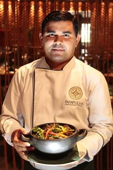 Chef Gerardo Costa e a bem aceita rabada do restaurante Pampulha (Viola Júnior/Esp. CB/D.A Press)