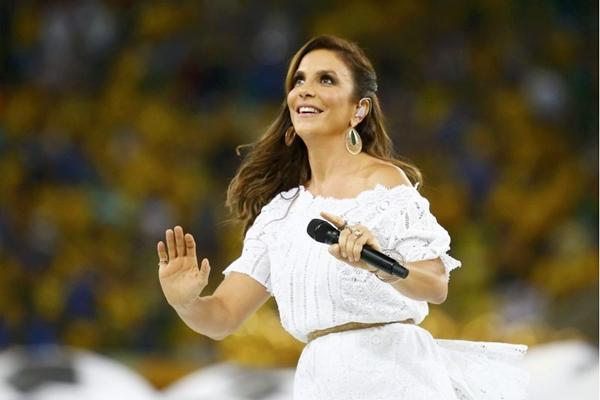 A cantora vai dublar a personagem Carolina Santos Duavião ( REUTERS/Kai Pfaffenbach)
