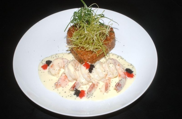 O prato sexy shrimp é um dos sucessos do cardápio do Universal Diner (Marcelo Ferreira/CB/D.A Press)