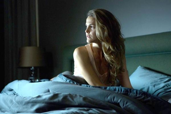 Em Os escolhidos, Keri Russell vive a bela e atormentada Lacy Barrett (Imagem Filmes/Divulgação)