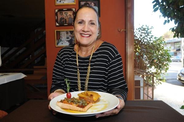 Ana Maria Toscano aconselha trabalhar com frutas da época (Carlos Moura/CB/D.A Press)