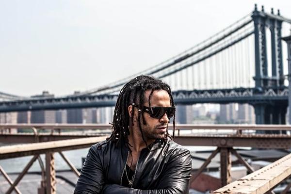 Guga Santana, da banda Camafeu, participa do Samba Nobre (Bruno Fioravanti/Divulgação)