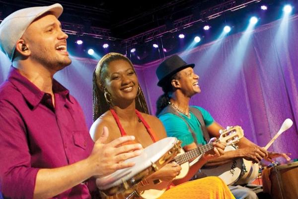 O trio se tornou uma das mais badaladas atrações nas rodas de samba que revitalizaram o bairro da Lapa (Ana Quintela/Divulgação)