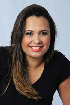 A moça vai desfilar os sucessos da música baiana que a tornaram conhecida na cidade (Luis Fabiano Neves/Divulgação)