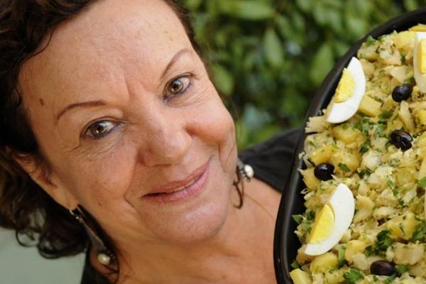 Olga Soares apresenta o bacalhau à Bras servido no Sagres (Carlos Vieira/CB/D.A Press - 8/8/13 )