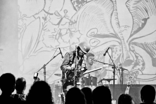 A banda carioca Bonifrate é uma das atrações musicais do Picnik nos gramados da Funarte (Daniel Moura/Divulgação)