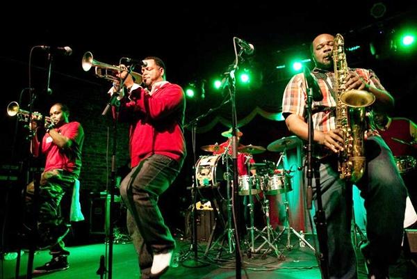 A banda norte-americana The Soul Rebels é uma das atrações do Festival Internacional de Música de Pirenópolis (Banda The Soul Rebels/Divulgação)