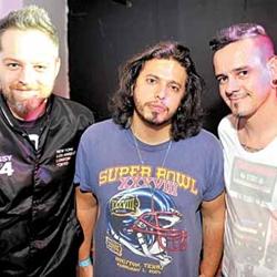Os DJs Fatu, Philipe e Weirdo  (Luis Xavier de França/Esp. CB/D.A Press)