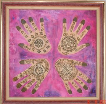 Shanta se inspirou na relação do brasileiro e do indiano com as cores para produzir sua nova exposição (Shanta Rathie/Divulgação)