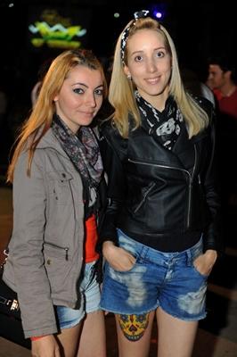 Érica Almeida e Danielle de Lima durante a festa Funfarra, no Minas Brasília Tênis Clube (Luis Xavier de França/Esp. CB/D.A Press)