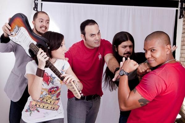 A banda Mr. Dee Jay é uma das atrações do tributo (Zeca Ribeiro/Divulgação)