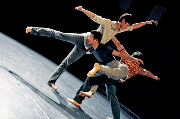 A Bereishit Dance Company, uma das duas atrações sul-coreanas do Cena, apresenta o principal espetáculo de dança da programação  (Park Sang-yun/Divulgação)