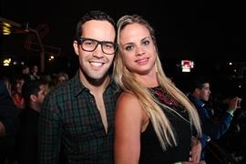 Felipe Ewerton e Sarah Kaminski (Rômulo Juracy/Divulgação)