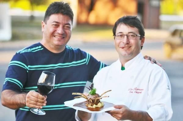 'Nós fomos os primeiros a banir o ketchup no serviço da pizza' Eduardo Cazzoli   (Breno Fortes/CB/D.A Press  )