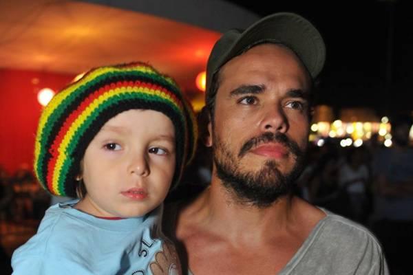 Daniel Galvão e o filho João (Luis Xavier de França/Esp. CB/D.A Press)