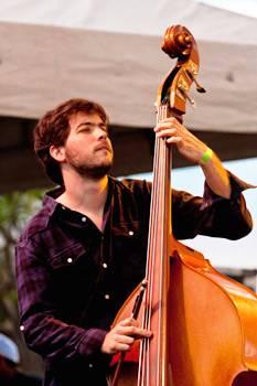 Em Nova York, Belo tem atuado ao lado de músicos da cena norte-americana (Karina Santiago/Divulgação)