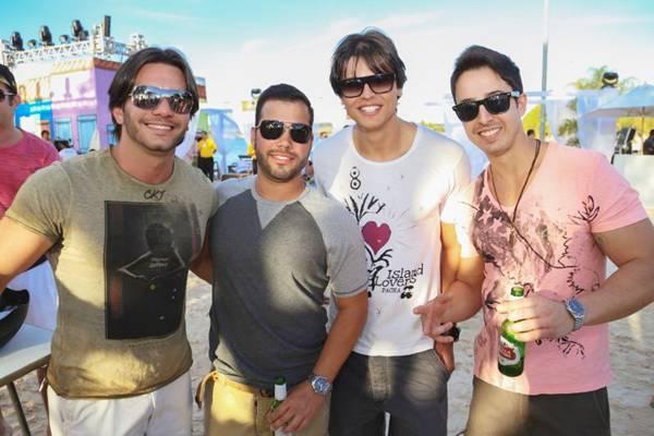 Gabriel Vighaini, Rafael Jaime, Claus Io e Rodrigo Lopez (Paulo Cavera/Divulgação)