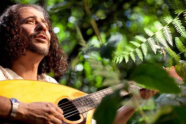 O cantor Eduardo Rangel fará parte do tributo a Paulo Tovar (Lia de Paula/Divulgação)