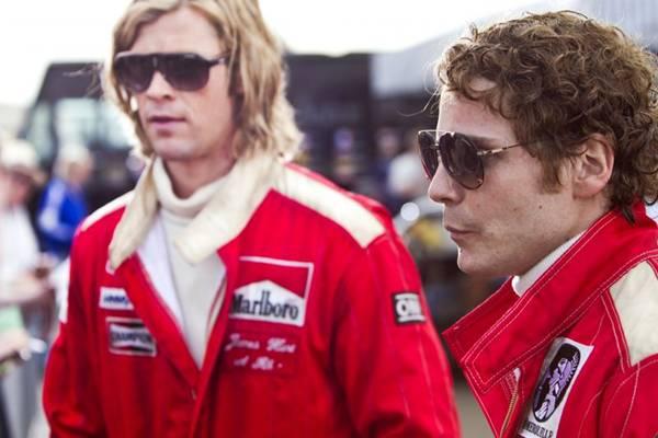 James Hunt (Chris Hemsworth) e Niki Lauda (Daniel Brühl): pilotos de estilos opostos (Califórnia Filmes/Divulgação)