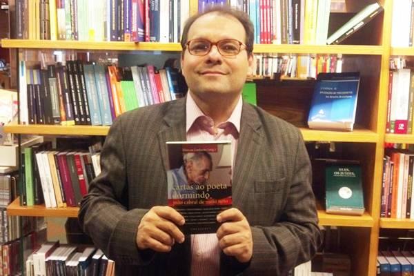 Linhares conduz essas narrativas na publicação, que ainda conta com uma entrevista inédita com Cabral de Melo Neto (Vitor Ferns/Divulgação)