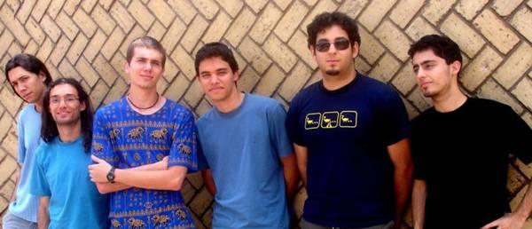 O rock invade o local com a banda Atmosfera (Mario Alves/Divulgação)
