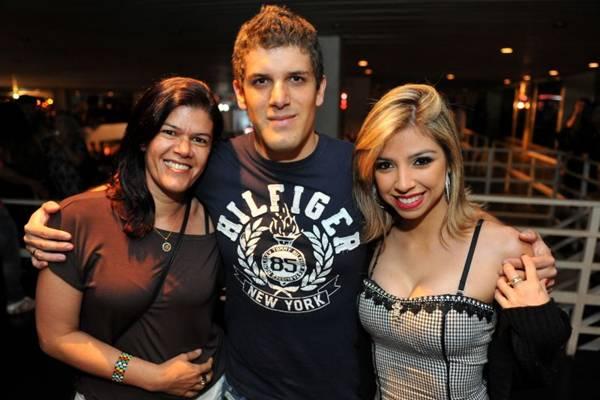 Ana Lúcia Barbosa, Lucas Valença Barbosa e Ariadnny Valeska de Melo (Luis Xavier de França/Esp. CB/D.A Press)