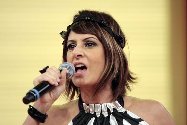 A cantora reúne sucessos de 30 anos de trajetória (TV Globo/Divulgação)