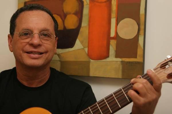 Este é o primeiro trabalho de Carlos Jansen como cantor ( J. Freitas/Divulgação)