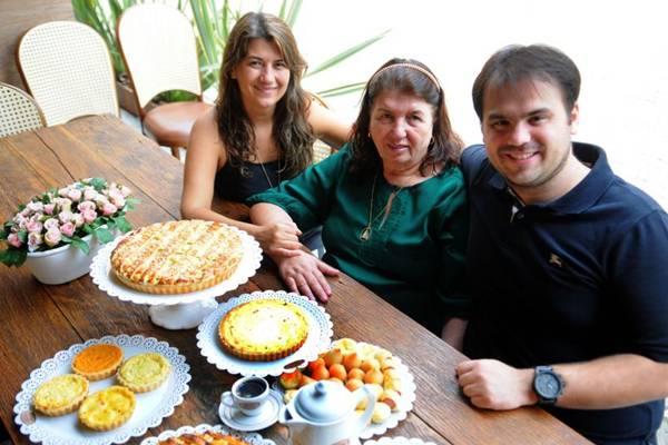 A família Teixeira levou a Casa de Biscoitos Mineiros para Águas Claras a pedido de clientes  (Bruno Peres/CB/D.A Press)